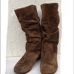 SOFFT soft suede scrunch down flat boots.